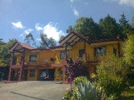 For sale, two beautiful two-storey houses in San Rafael de Heredia