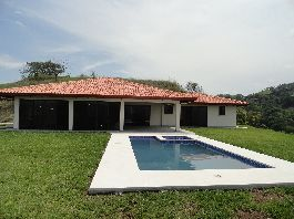 For Sale, new dream house, 350 m2 with a beautiful view, pool, jacuzzi, terrace, sundeck and a 7,000 m2 garden