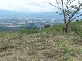 For sale, 1.579 m2 building plot with a dream view at bargain price, at Barrio La Trinidad de Mora