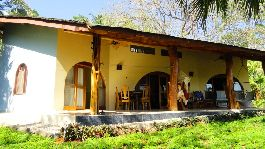 For sale, beautiful house with separate guest cottage near the beach Ostional