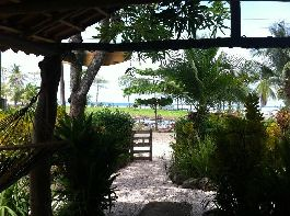 Costa Rica small Hotel with Bar & Restaurant on the beach