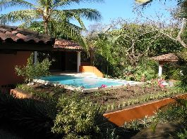 Paradisiacal life - house tropical garden, 3 apartments, close to the dream beach of Playa Grande