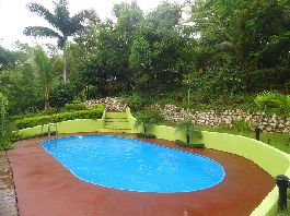 For sale, house with swimming pool and tropical garden, at Ostional
