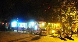 "Business selling: Pizzeria/restaurant near the beach (type ""Beach Club"") at Playa Tamarindo"