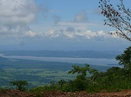 Property for expatriates, 225,000 m2 farm with div. Plateau in the mountains of the Nicoya Peninsula in Carmona