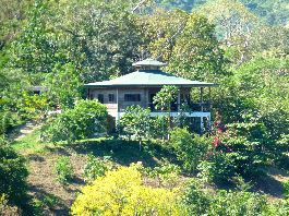 For sale, eco-farm with 3 houses in the Asian style, Rancho, swimming pool, 7 hectares of land at Montaña Grande-Lepanto