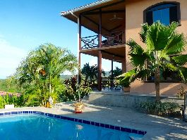 For sale, house with 360 ° view at Playa Naranjo