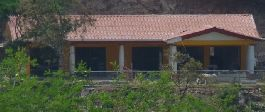 Jungle villa with bungalows, aquarium fish farm, pond and 5.9 ha land at Las Juntas