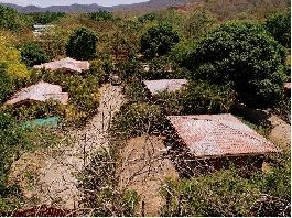 For sale 5 houses with swimming pool, located at La Garita Nueva between Playa Tamarindo and Flamingo
