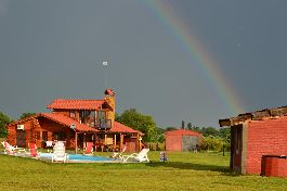Argentina, Holiday resort for sale with its own vineyards of Malbec grapes, olive tree plantation, etc.