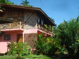 Bargain, 4 apartments just 300 meters from Cahuita beach