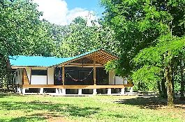 For sale, new house at Cahuita 300 m only from the beach