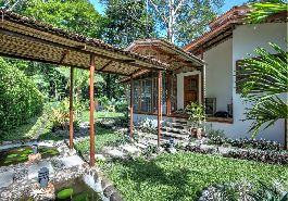 En venta Zen Inspired Villas & Income Earning Rental Units at Uva-Caribbean