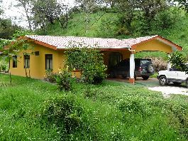 Costa Rica - 3.7 ha finca with a beautiful house and Aquarium Fishes Breeding in Las  Juntas